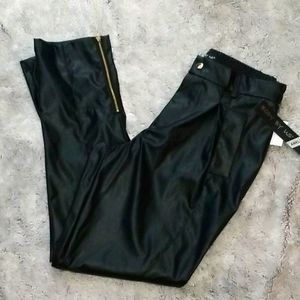 🆕️Vegan black leather pants